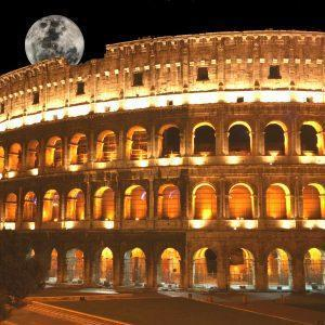 Colosseum tour at night